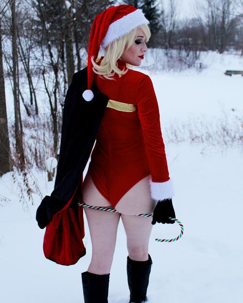 Christmas Power Girl Cosplay