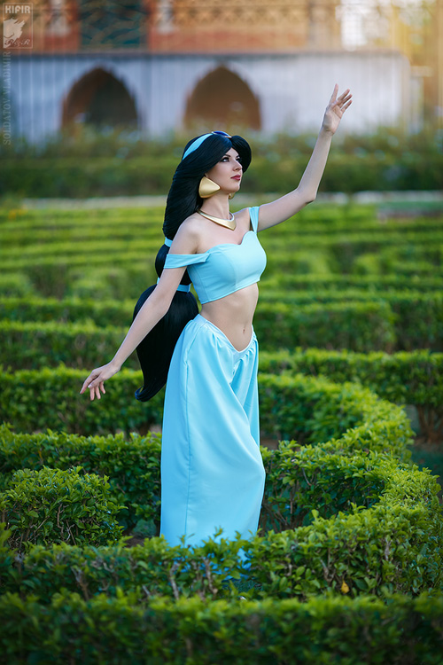 Princess Jasmine from Aladdin Cosplay