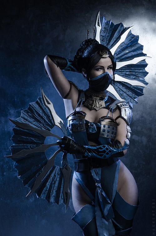 Kitana from Mortal Kombat X Cosplay