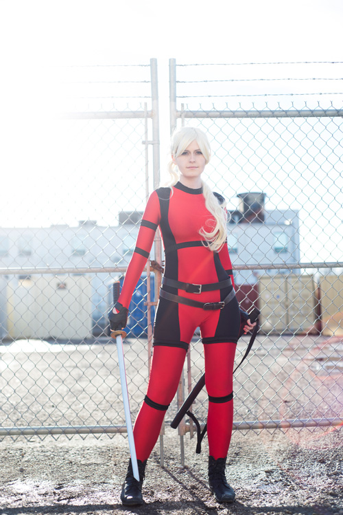 Lady Deadpool Cosplay