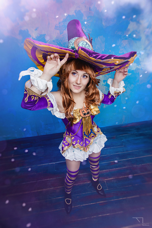 Bewitched Elin from TERA Cosplay