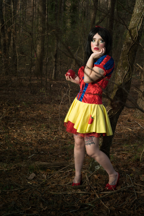 Sexy Snow White Cosplay