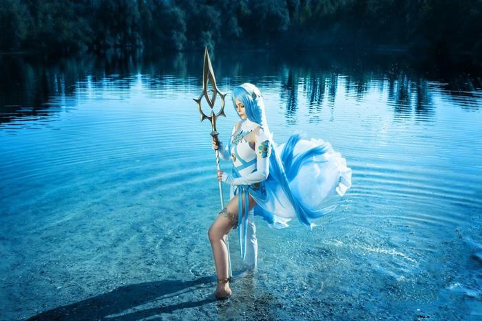 Azura from Fire Emblem V Cosplay