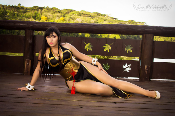 Chun Li from Street Fighter V Cosplay