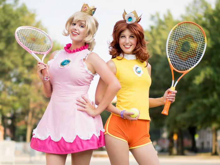 Princess Peach & Daisy Mario Tennis Cosplay