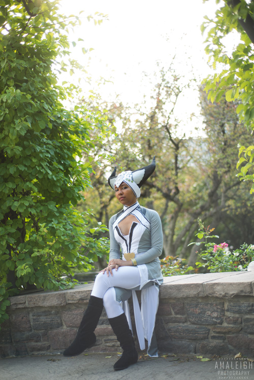 Vivienne from Dragon Age: Inquisition Cosplay