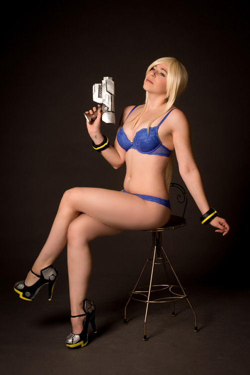 Samus from Metroid Lingerie Photoshoot