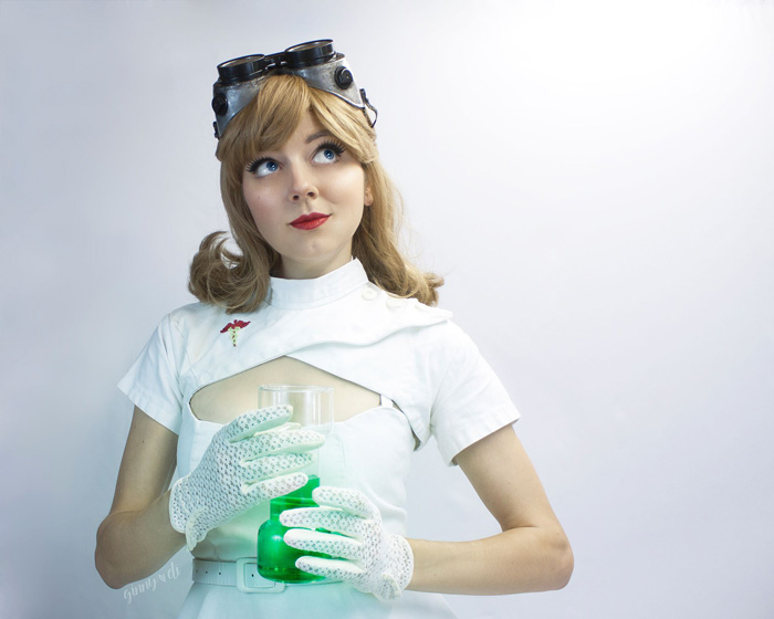 Femme Dr. Horrible Pinup Cosplay