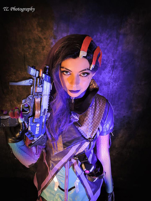Sombra from Overwatch Cosplay