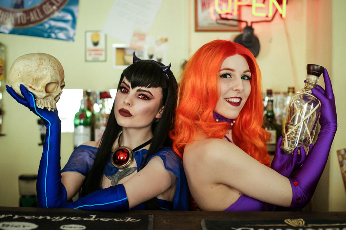 DC Bombshells Starfire & Raven Cosplay