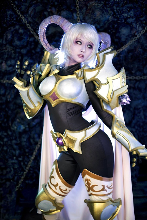 Yrel from World of Warcraft Cosplay