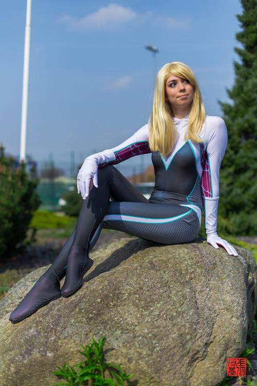 Ghost-Spider (Gwen) Cosplay