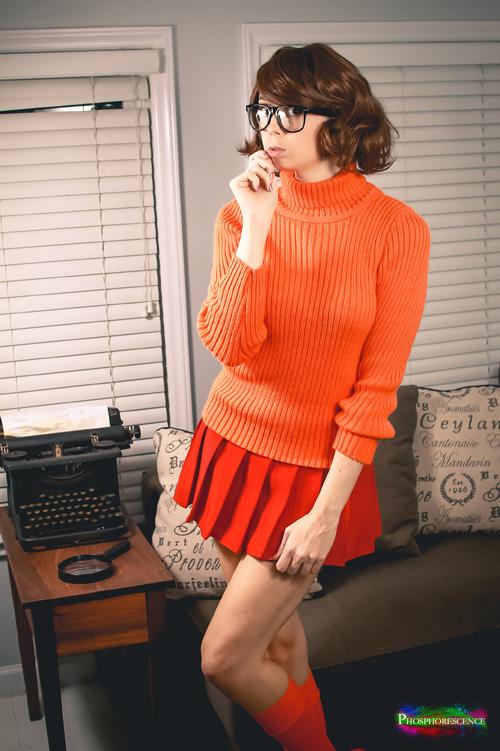 Velma Cosplay