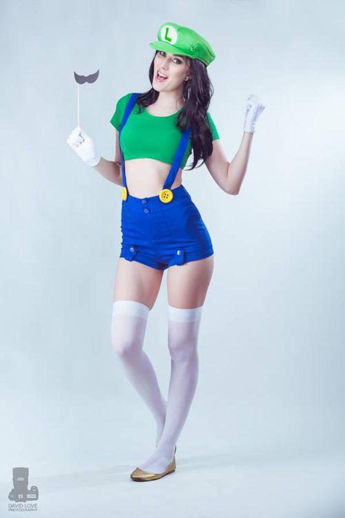 Sexy Luigi Cosplay