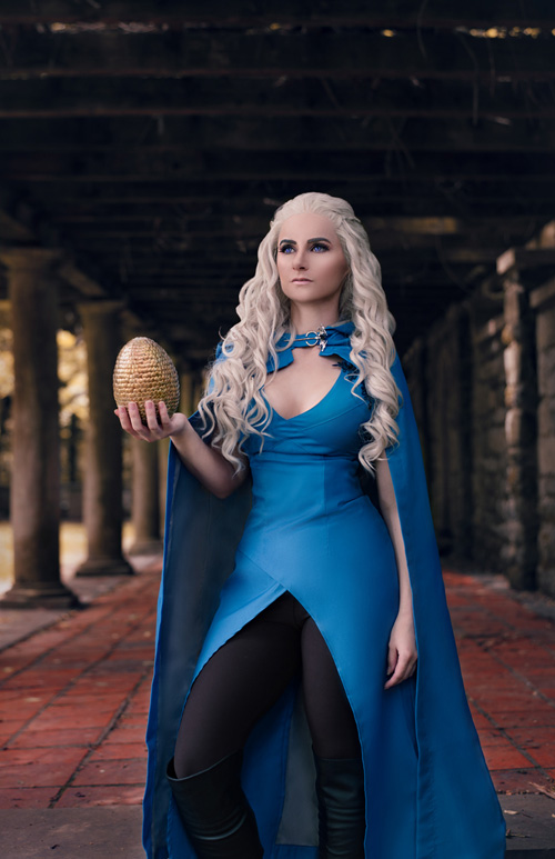 Daenerys Targaryen from Game of Thrones Cosplay