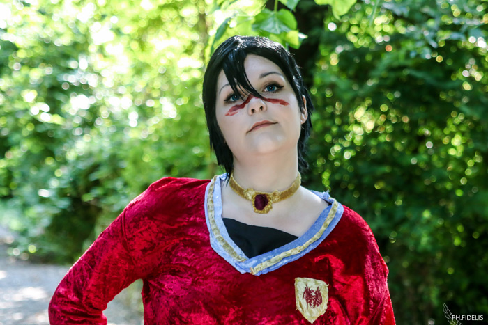 Lady Marian Hawke from Dragon Age II Cosplay