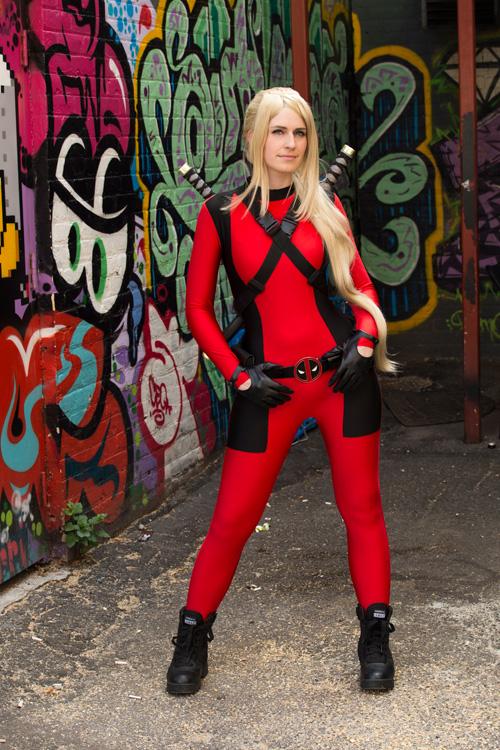 Lady Deadpool & Spider Gwen Cosplay