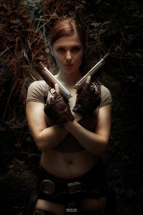 Lara Croft and Nathan Drake Cosplay