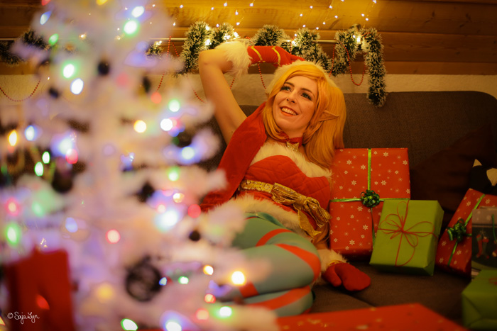 ambitious elf jinx from league of legends cosplay
