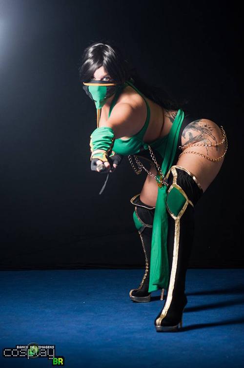 Jade From Mortal Kombat 9 Cosplay
