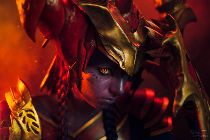 Shyvana from League of Legends Cosplay