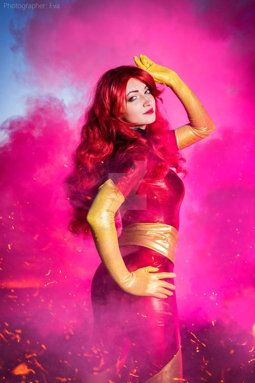 Phoenix from X-Men Cosplay