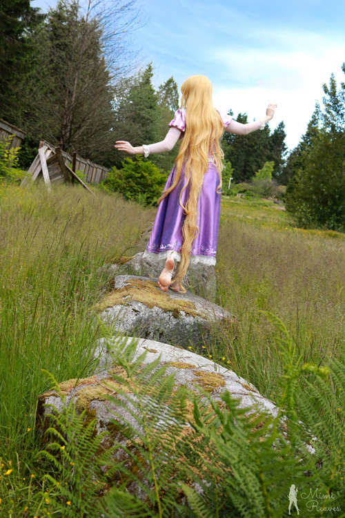 Rapunzel from Disneys Tangled Cosplay