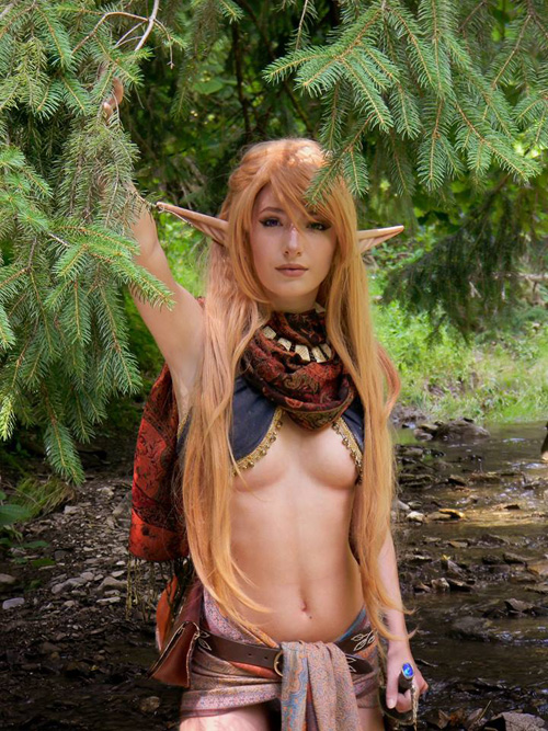 Dungeons & Dragons Sand Elf Cosplay