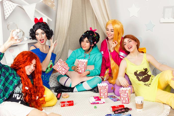 Disney Ladies Group Cosplay