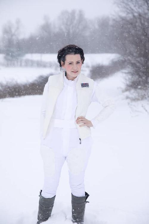 Hoth Leia Cosplay