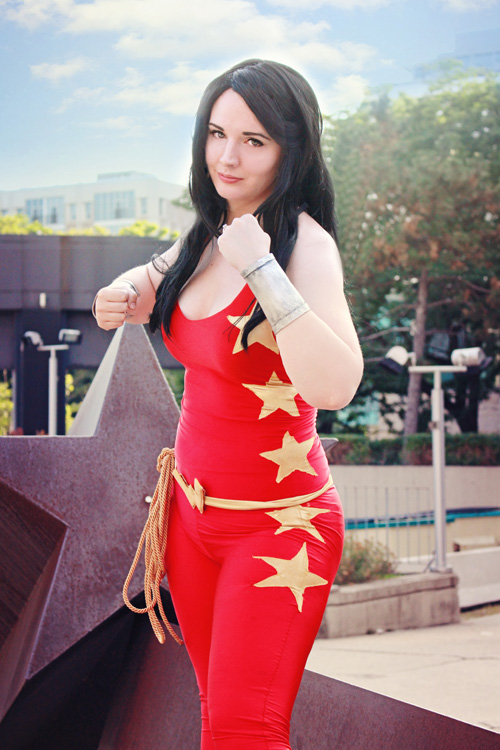 Donna Troy / Wondergirl Cosplay