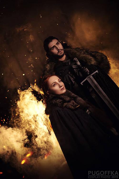 Jon Snow & Sansa Stark from Game of Thrones Cosplay
