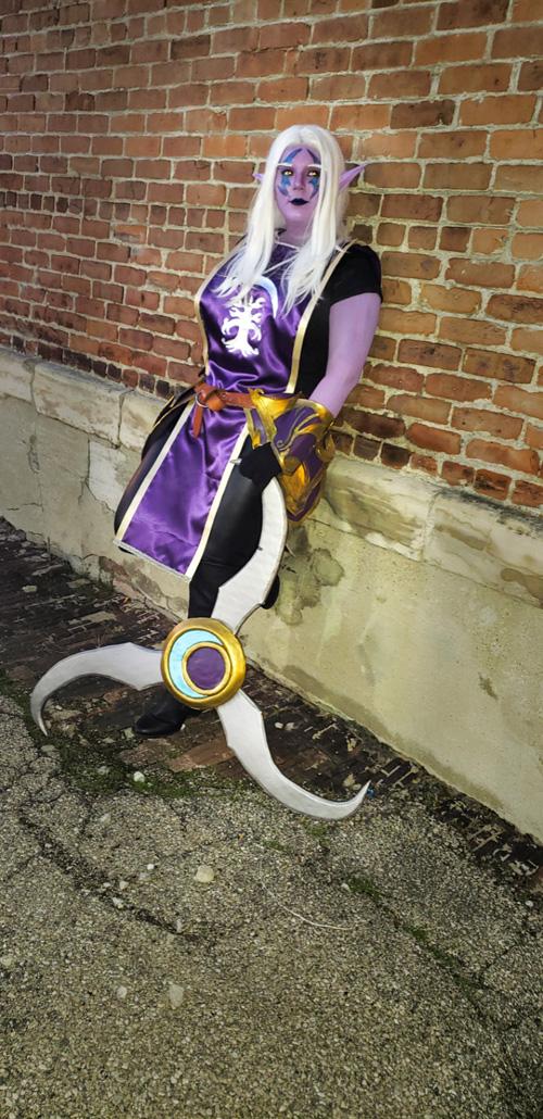 Night Elf Sentinel from World of Warcraft Cosplay