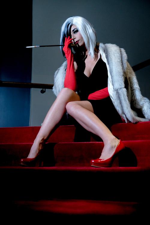 Cruella de Vil from 101 Dalmatians Cosplay