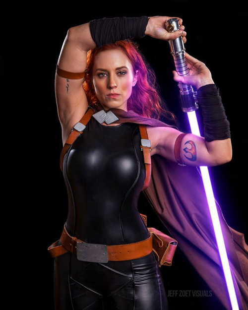 Mara Jade from Star Wars Cosplay
