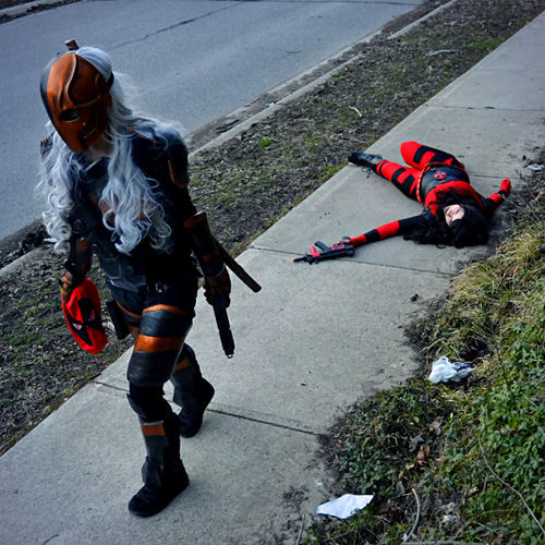 Deadpool vs Deathstroke Cosplay