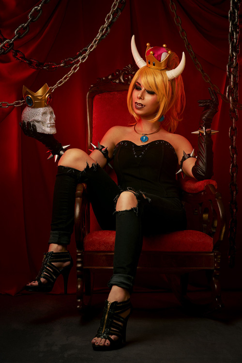 Bowsette Cosplay