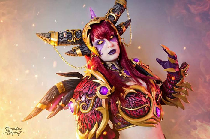 Alexstrasza from World of Warcraft Cosplay