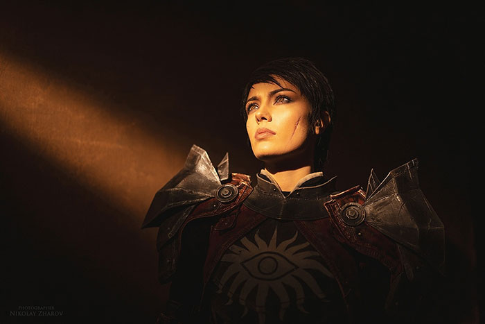Cassandra from Dragon Age II Cosplay
