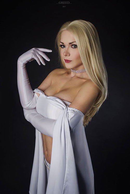 Emma Frost Cosplay