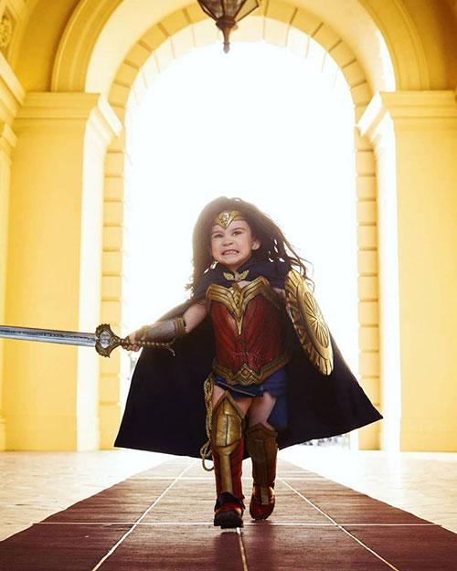 Little Wonder Woman Cosplay