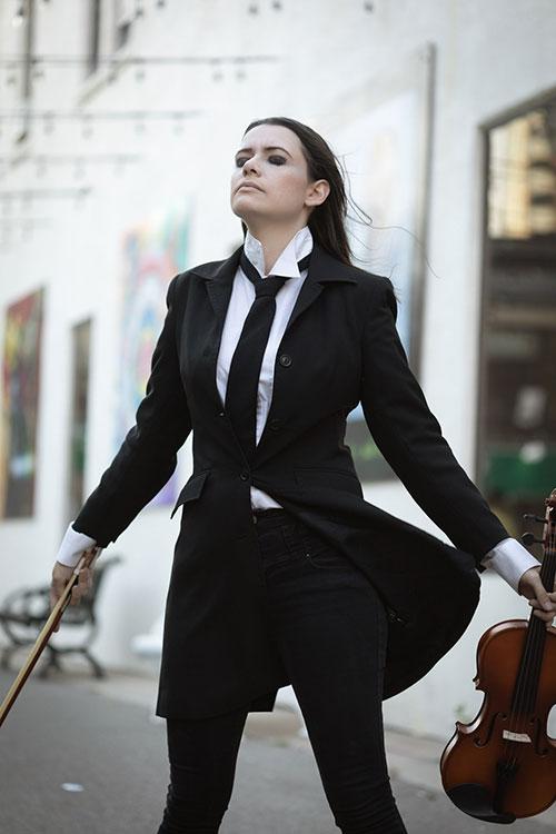 Vanya Hargreeves from The Umbrella Academy Cosplay