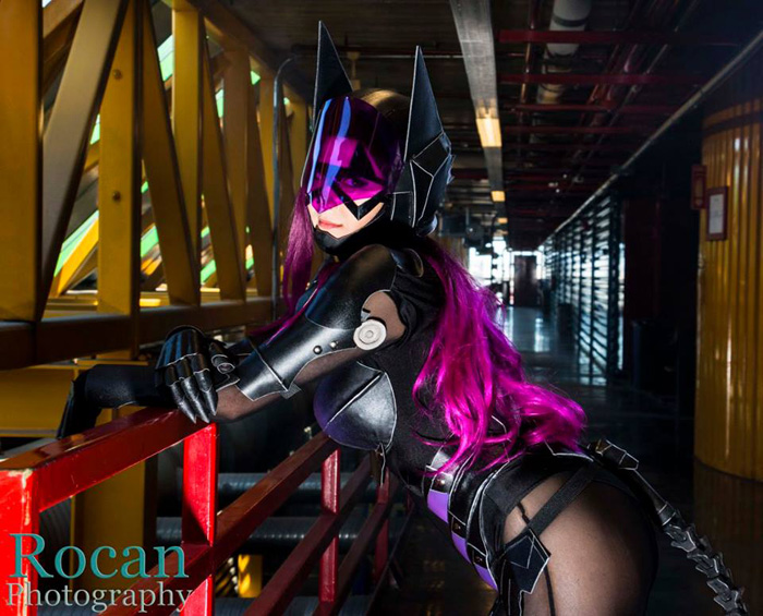 Play Arts Kai Catwoman Cosplay