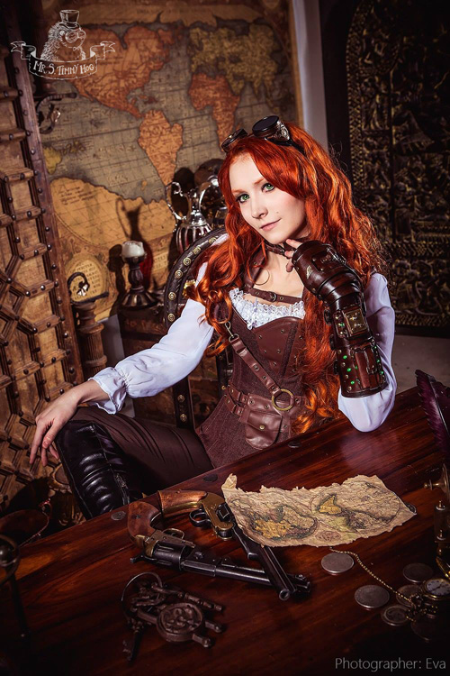 Steampunk Pirate Lady Photoshoot