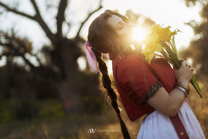 Aerith from Final Fantasy VII Remake Cosplay