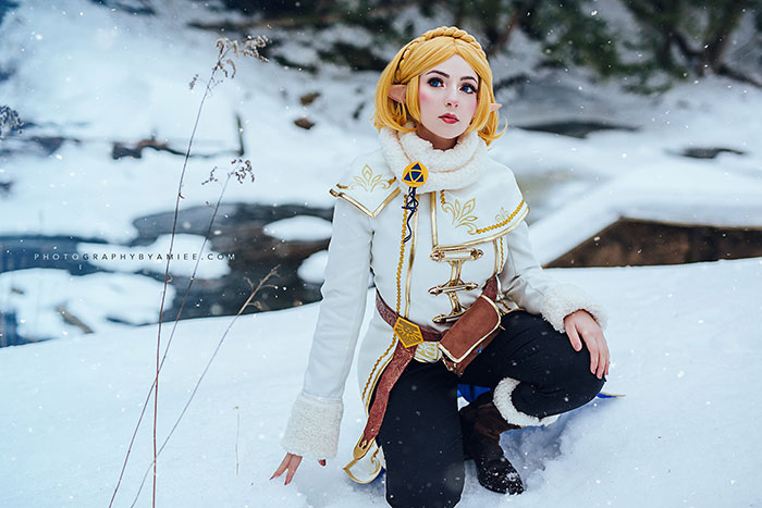 Winter Zelda from Breath of the Wild Cosplay