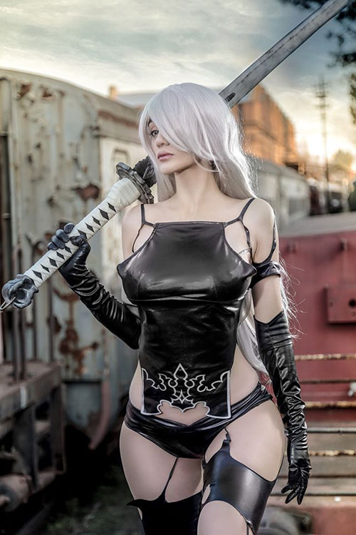 A2 from Nier: Automata Cosplay