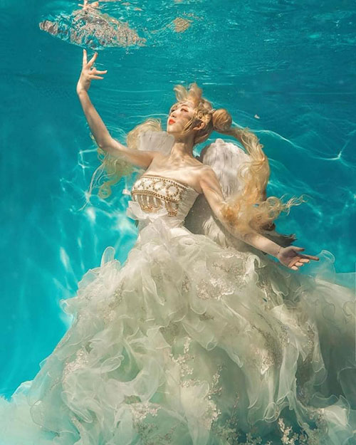 Princess Serenity from Sailor Moon Underwater Cosplay