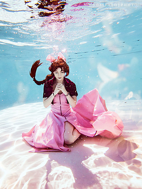 Aerith from Final Fantasy VII Underwater Cosplay