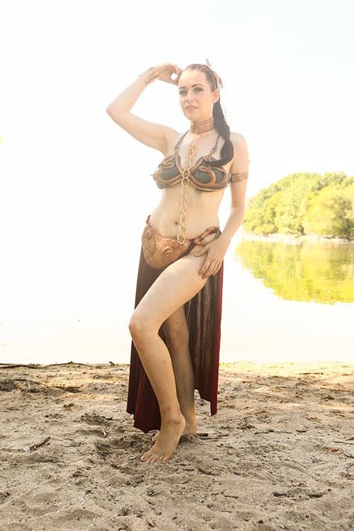 Huttslayer Leia Cosplay